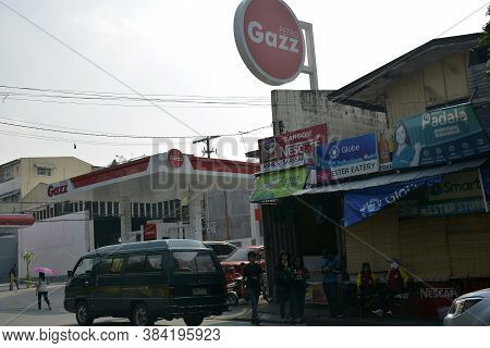 Mandaluyong, Ph - Oct 6 - Petro Gazz Gas Station On October 6, 2018 In Mandaluyong, Philippines.