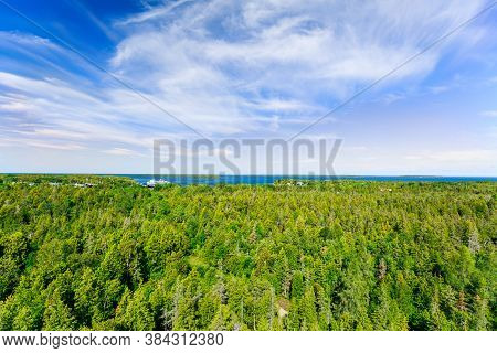 Bruce Peninsula,ontario, Canada, Aug 29, 2019, Stunning, Beautiful Landscape View Over The Forest To