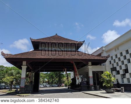 Badung Bali, Indonesia - September 26, 2019: The Front Lobby Of Bali Nusa Dua Convention Center.