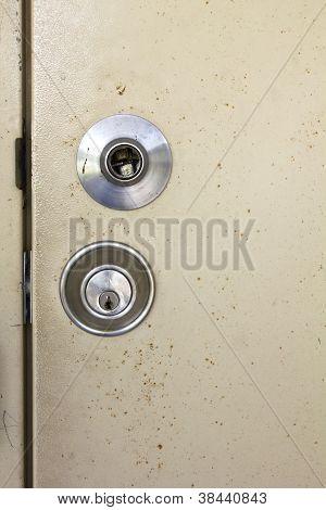 Broken The Door