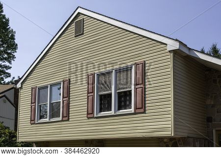 Vinyl Siding On House With Window Frames