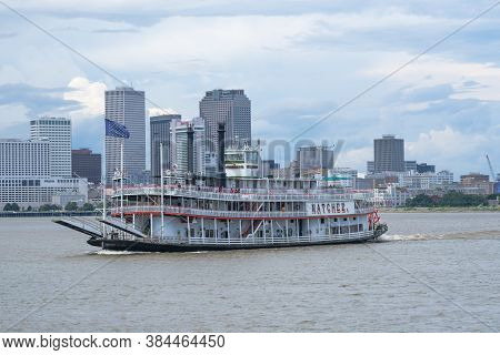 New Orleans, Louisiana/usa - 8/30/2020: Steamboat Natchez With New Orleans Skyline