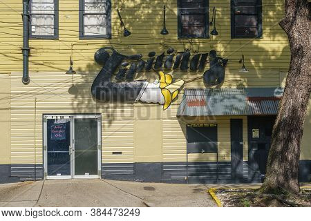 New Orleans, Louisiana/usa - 8/8/2020: Tipitina's Music Club In Uptown New Orleans - Side Entrance W