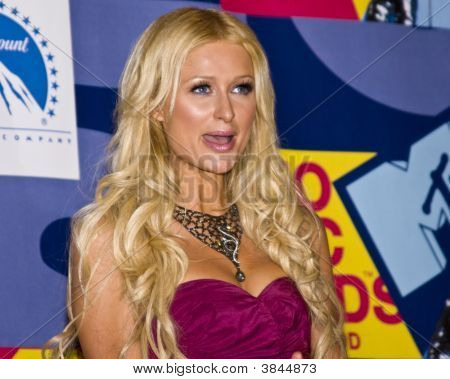 Paris Hilton At The Mtv Video Music Awards