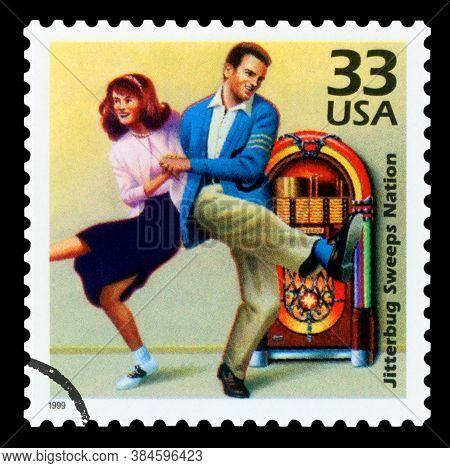 United States Of America - Circa 1999: A Postage Stamp Printed In Usa Showing An Image Of A Couple D