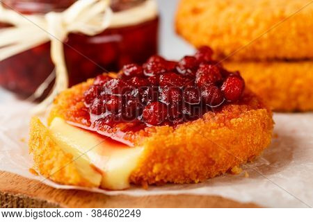 Baked Or Fried (grilled Camembert Or Brie Cheese With Cranberry (lingonberry, Cowberry) Sauce Or Jam