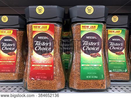 San Leandro, Ca - Sept 4, 2020: Grocery Store Shelf With Nescafe Tasters Choice House Blend Instant