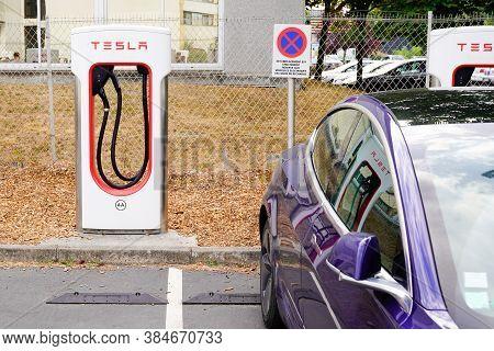 Bordeaux , Aquitaine / France - 09 01 2020 : Tesla Supercharger Car Station Reserved For Tesla Ev Ca