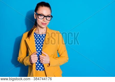 Portrait Of Her She Nice-looking Attractive Charming Content Elegant Chic Lady Leader Shark Expert Q