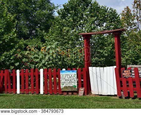 Community Garden Entrance Memphis Tennessee