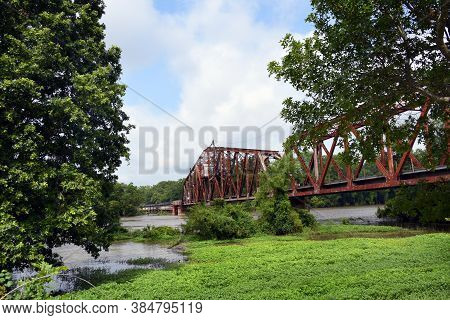 Swing-draw Bridge Still In Operation