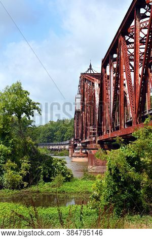 Swing-draw Bridge At Clarendon Arkansas
