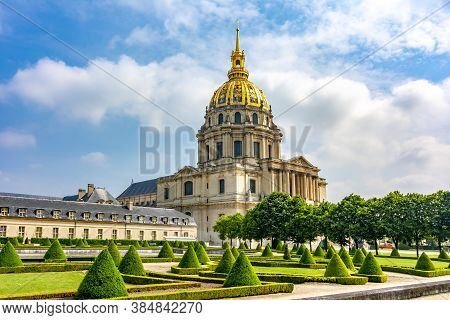Les Invalides (national Residence Of The Invalids) In Paris, France - May 2019