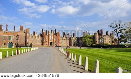 Hampton Court Palace And Gardens, London, Uk - April 2019