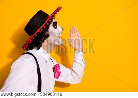 Profile Photo Of Creepy Guy Hand Mouth Spread Rumor Recent Autumn Carnival Theme Party Wear White Sh