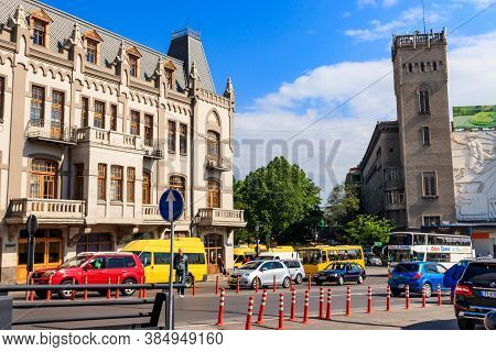 Tbilisi, Georgia - May 1, 2018: Traffic On A Street In A Centre Of Tbilisi, Georgia