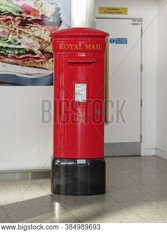 London, Uk - Circa January 2015: Royal Mail Red Box