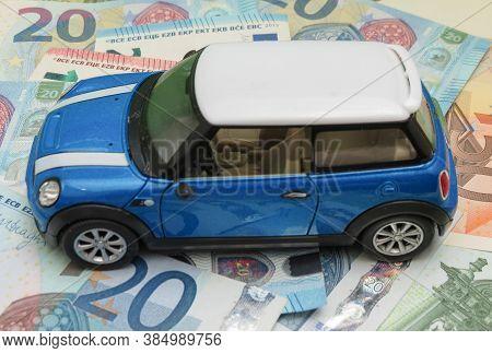 Oxford, Uk - Circa May 2017: Miniature Representation Of A Light Blue Mini Cooper Car (2013 Version)
