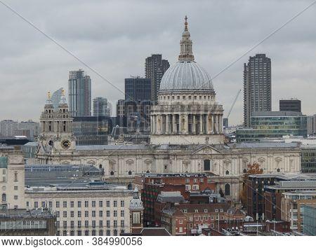 London, Uk - Circa November 2019: St Paul's Cathedral Church