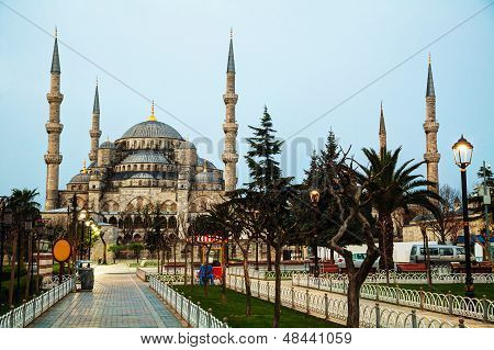 Sultan Ahmed Mosque (Blue Mosque) in Istanbul early in the morning poster