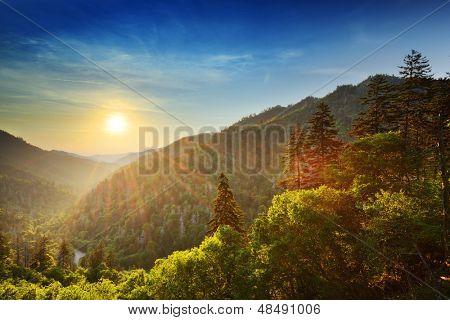 Sonnenuntergang an der neu entdeckten Lücke in den Great Smoky Mountains.