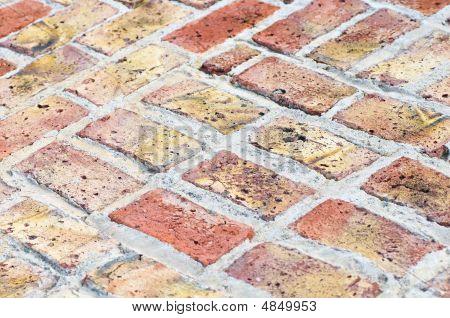 Diagonal Bricks