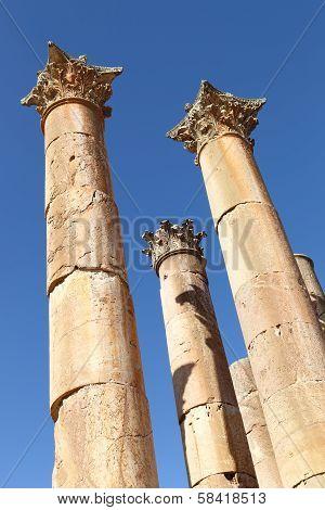 The Corinthian style columns at the ancient roman ruins of Jerash in Jordan poster