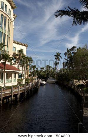 IView Of Waterway Off Las Olas Blvd