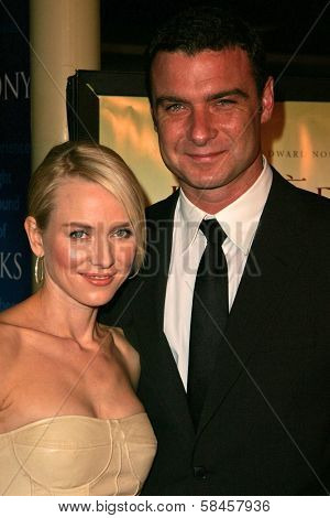 HOLLYWOOD - DECEMBER 13: Naomi Watts and Liev Schreiber at the Los Angeles Premiere of