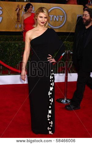 Claire Danes at the 19th Annual Screen Actors Guild Awards Arrivals, Shrine Auditorium, Los Angeles, CA 01-27-13