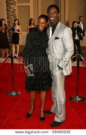 LOS ANGELES - NOVEMBER 21: Isaiah Washington and wife Jenisa at the 34th Annual American Music Awards at Shrine Auditorium November 21, 2006 in Los Angeles, CA
