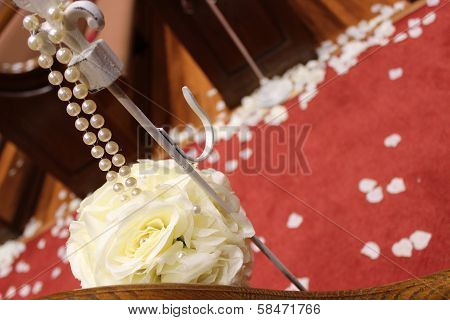 Floral wedding decorations