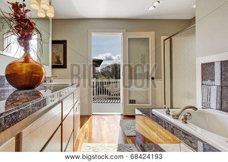 Modern Bathroom Interior With Walkout Deck