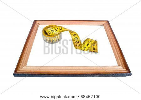 Frame With A Tailoring Meter