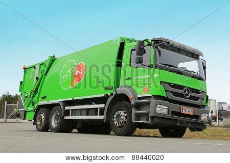 Mercedes-Benz Axor 2533 Refuse Truck