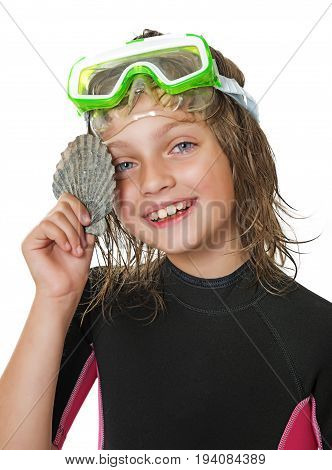little girl with swim glasses and neoprene