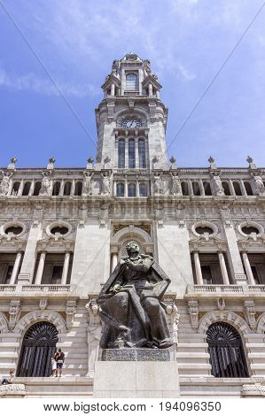 Porto City Hall at Avenida dos Aliados. A Neoclassical building designed by the architect Antonio Correia da Silva construction started 1920. Porto Portugal.