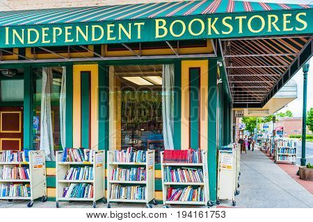 Harrisburg USA - May 24 2017: Independent bookstores sign and building with books in Pennsylvania capital city exterior
