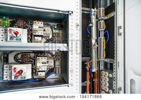 Low-voltage cabinet for power and distribution electricity. Uninterrupted electrical voltage.