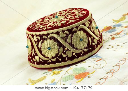 National Crimean Tatar female headdress embroidery pattern