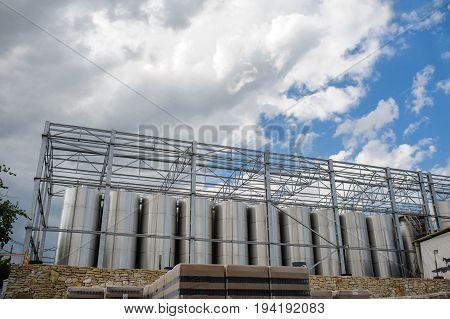 Metal Tanks For The Fermentation