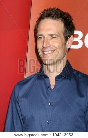 LOS ANGELES - MAR 20:  Michael Vartan at the NBCUniversal Summer Press Day at Beverly Hilton Hotel on March 20, 2017 in Beverly Hills, CA