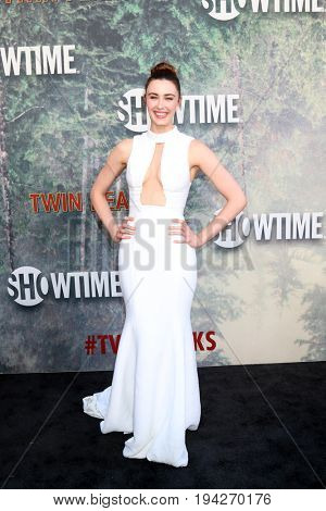 LOS ANGELES - MAY 19:  Madeline Zima at the