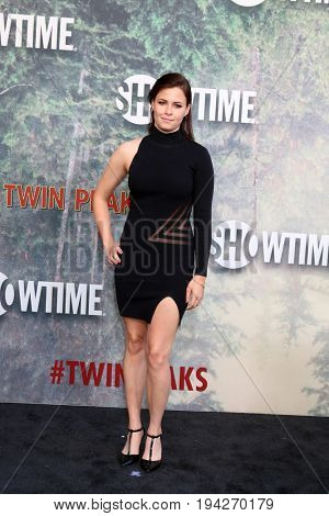 LOS ANGELES - MAY 19:  Nicolette Noble at the
