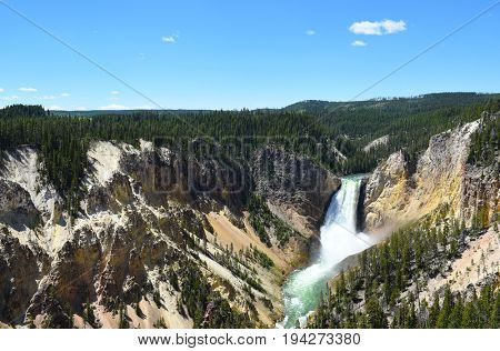 The Upper Falls of the Grand Canyon of the Yellowstone River, Yellowstone National Park, Wyoming.