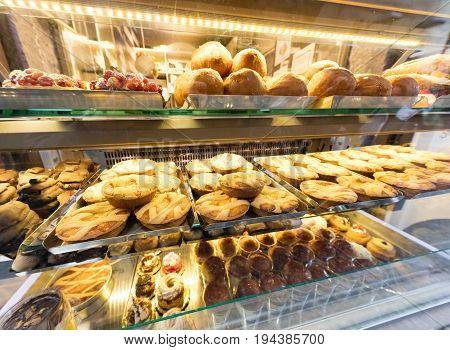 Delights In Neapolitan Patissery