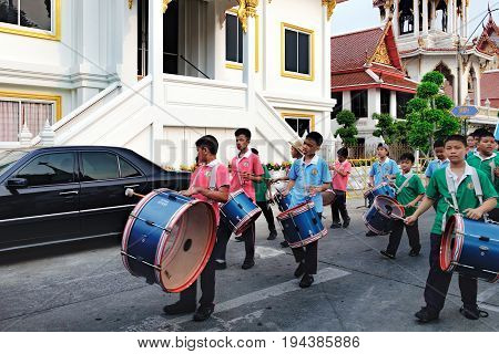 Bangkok, Thailand - January ,8 2016: Pupils of the Elementary School of Wat Chana Songkhram during festive procession through the streets of the city. A festive and beautifully dressed Thai children