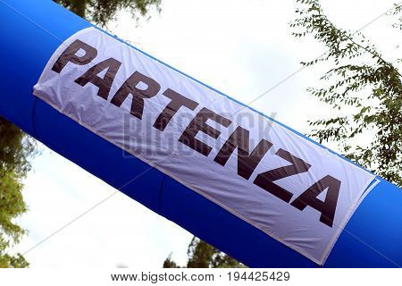 Large Inflatable Portal With The Big Italian Written Partenza Wh
