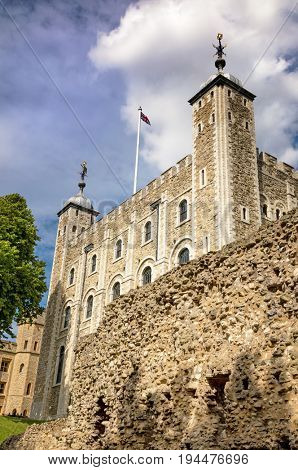 The iconic White Tower of the Tower of London. Built by William the Conqueror in the 11th century, and used as a Palace, Fortress and prison over the centuries and currently houses the Crown Jewels.