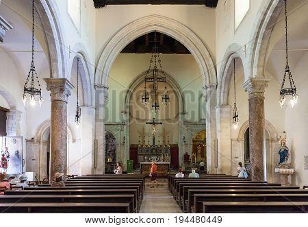 Visitors Inside Of Duomo Di Taormina